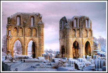 Roche Abbey... by TheBaldingOne