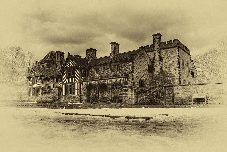 Shibden Hall - Mono... by TheBaldingOne
