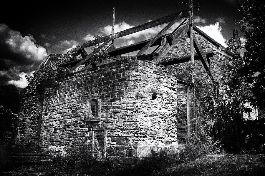 Bedgrave Mill - Mono... by TheBaldingOne