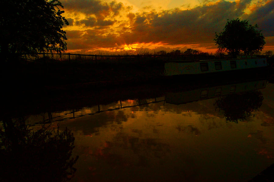 Canal Sunset... by TheBaldingOne