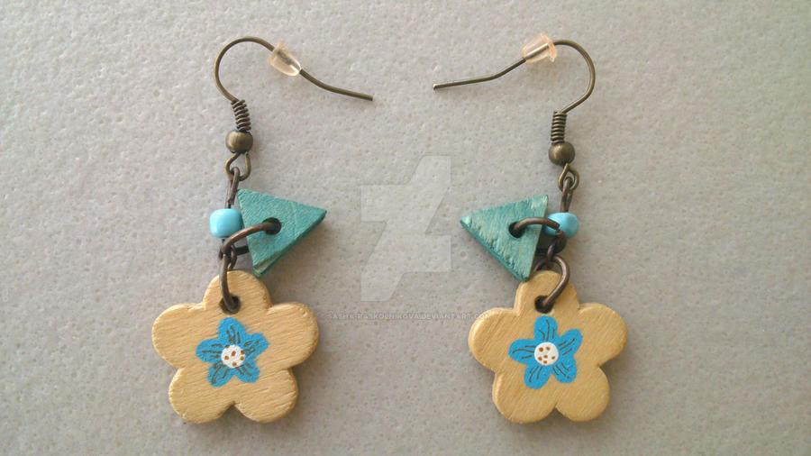 Blue Eco Flower earrings by Sasha-Raskolnikova