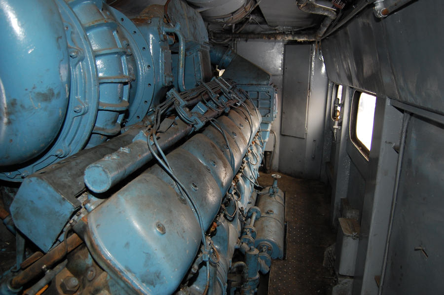 V18 engine