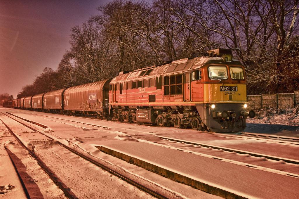 MAV M62-311 w. Freight HDR by Seth890603