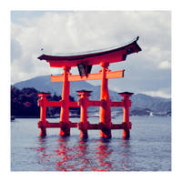 hiroshima gate. by cwiny