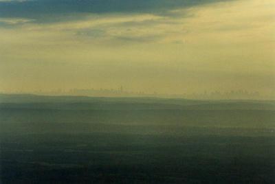 New York City skyline by finkybeatnik