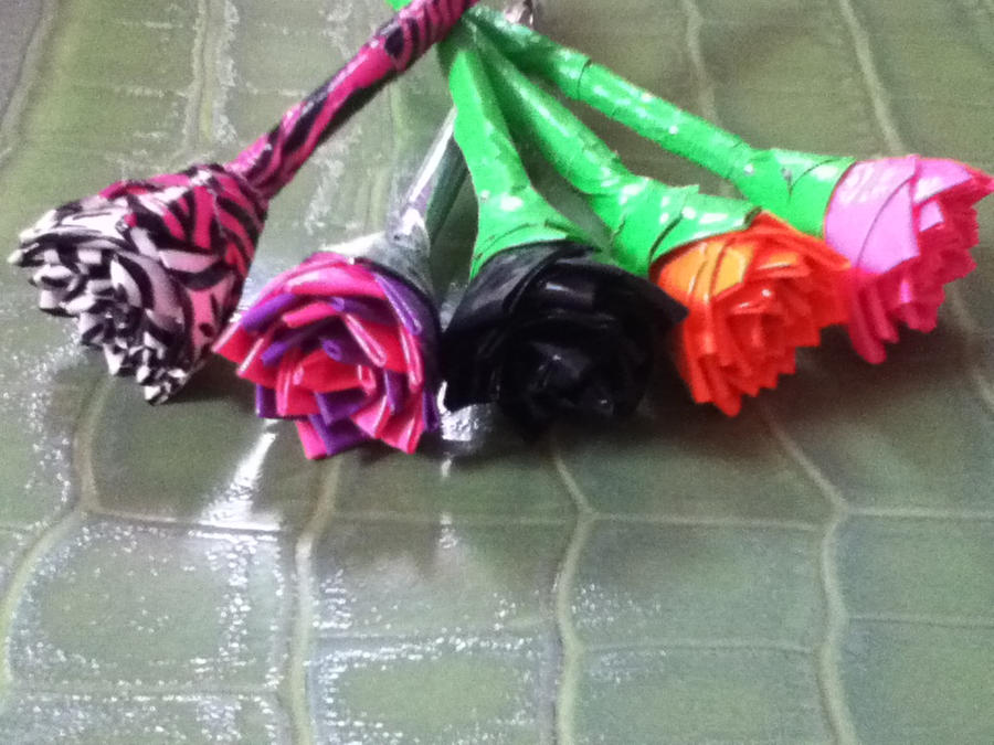 how to make duct tape pens