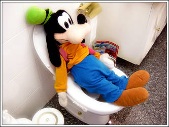 Goofy Poo by bbcl