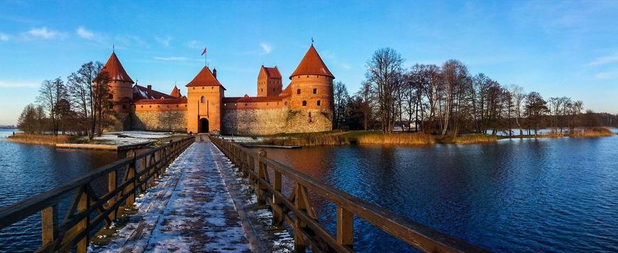 Trakai III by guneialtuner