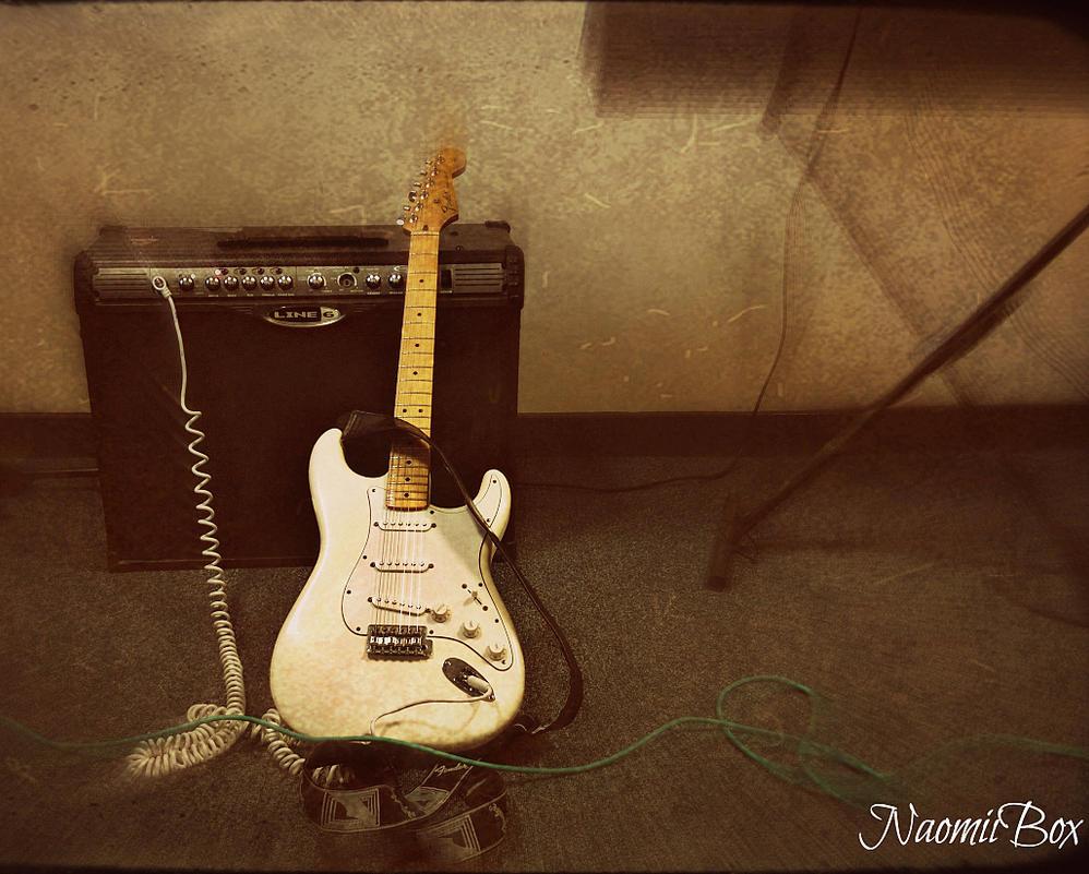 Fender Stratocaster by NaomiiBoxPhotography
