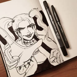 inktober'18 day seven: Harley Quinn by samarasketch