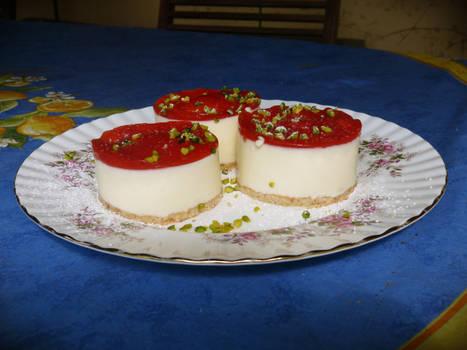 Yogurt Strawberry Tartlettes