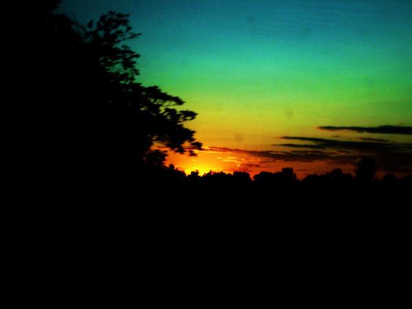 Rainbow sun by NekoChan0423
