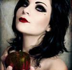 Poisoned Apple by x-jemp-x