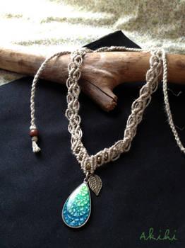 Eggshell pendant (no.1)