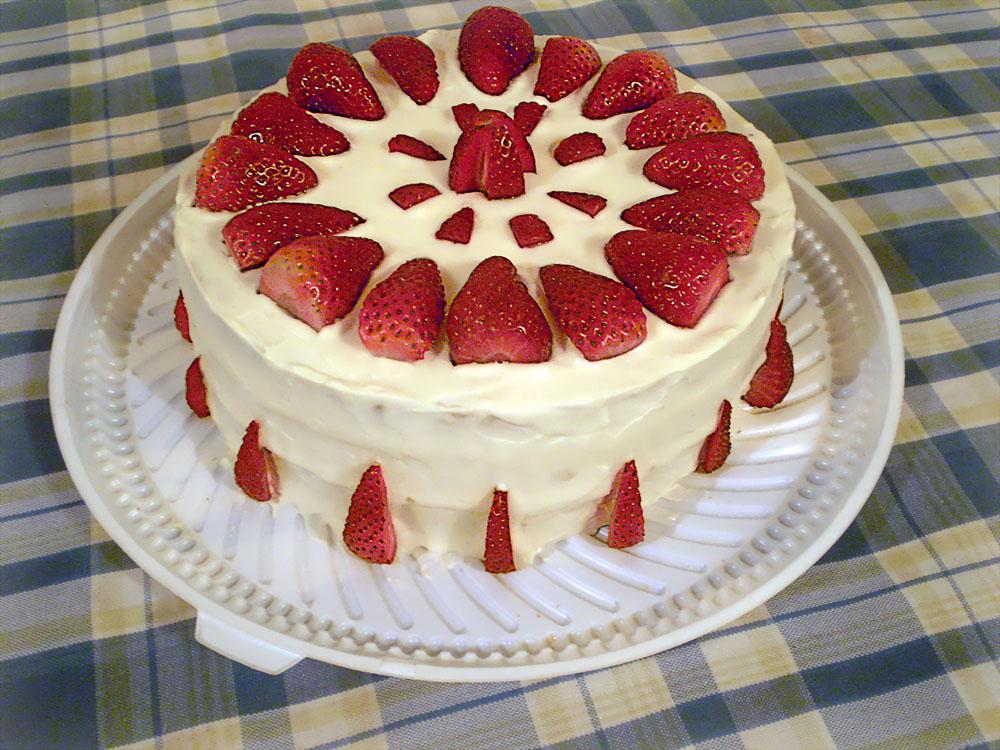 Kilo Birthday Cake Review