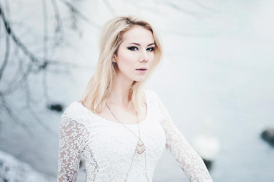 Crystal by DianaNohelova