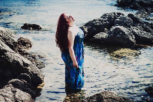 dreams in crimson and aqua