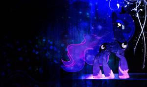 Luna's Strut
