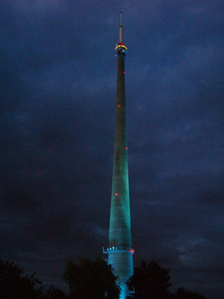 Emley Moor TV mast light show for the Grand Depart by spookyjules