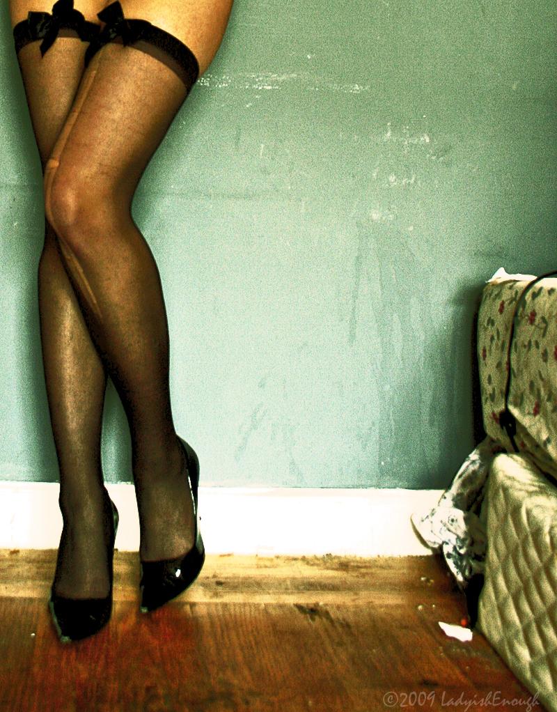 http://fc01.deviantart.com/fs45/f/2009/155/1/9/Slut_by_LadyishEnough.jpg