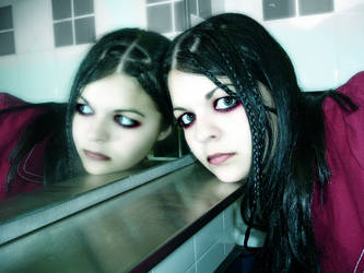 Mirror by ameliarose
