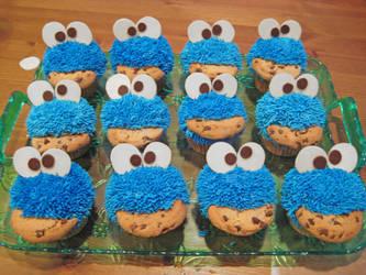 Cookie Monster Cupcakes by Kiilani