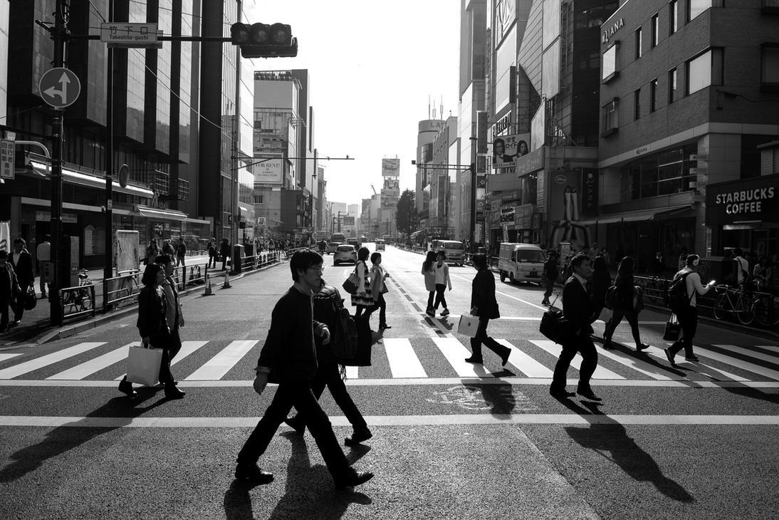 Tokyo crossing by albertsphotos