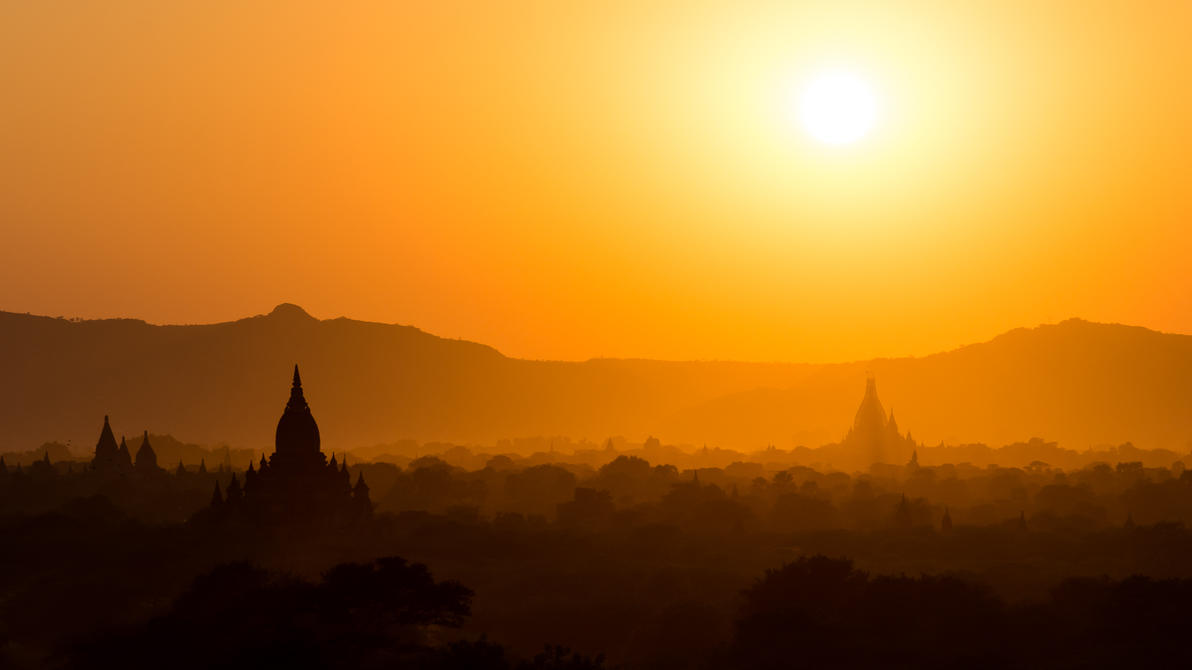 Bagan sunset by albertsphotos