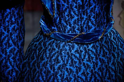 Another blue dress - II