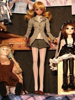 Athena on the Dolly Shelf 4-5-21