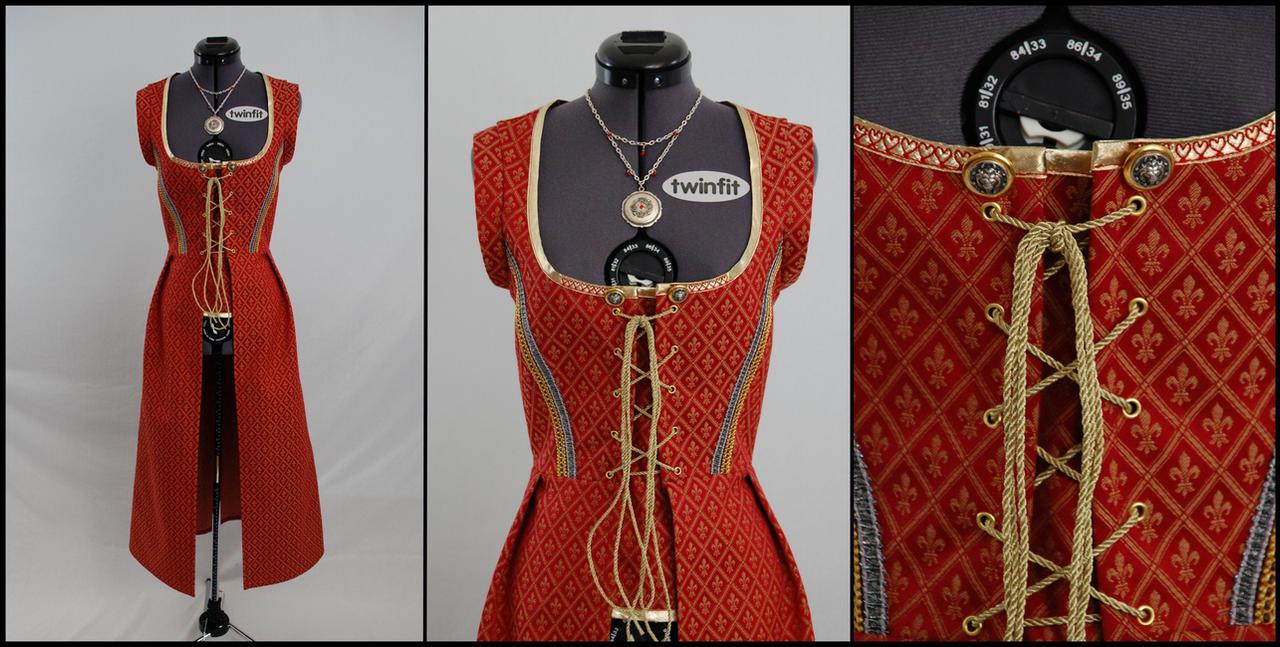 Red Dress by Manwariel