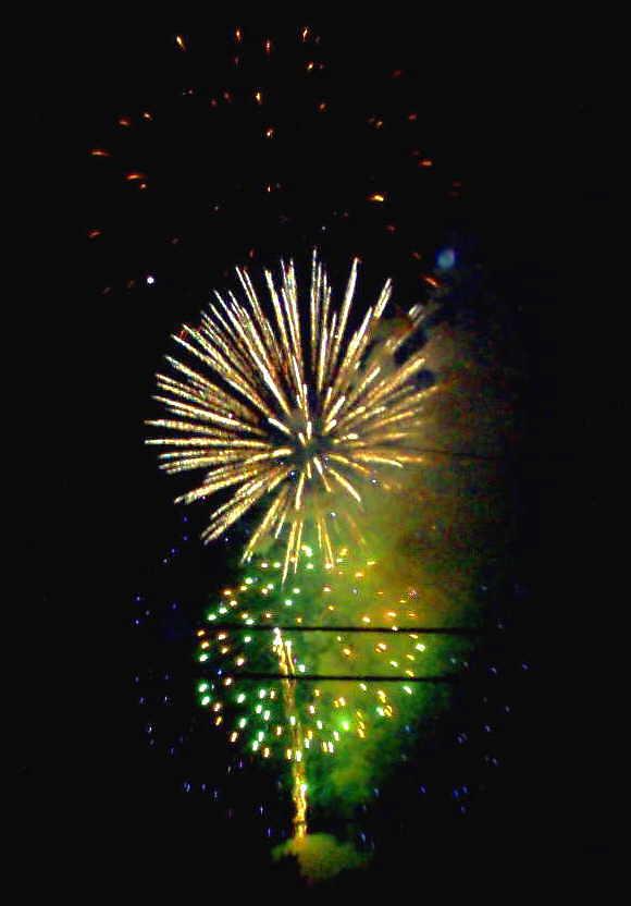 2006 Firework 4 by mintdawn