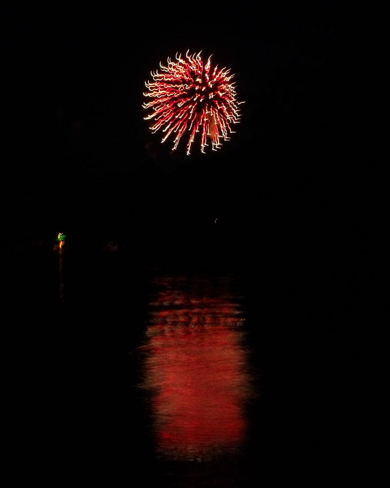 Fireworks DL 1 by mintdawn