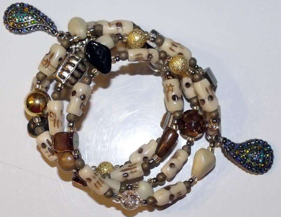 Tibetan skulls bracelet by mintdawn