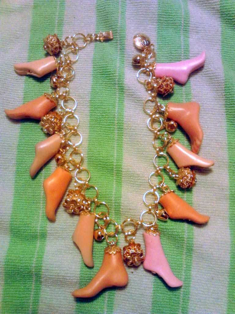 Ankle Bracelet by mintdawn