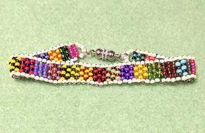 90's Colored Beaded Bracelet
