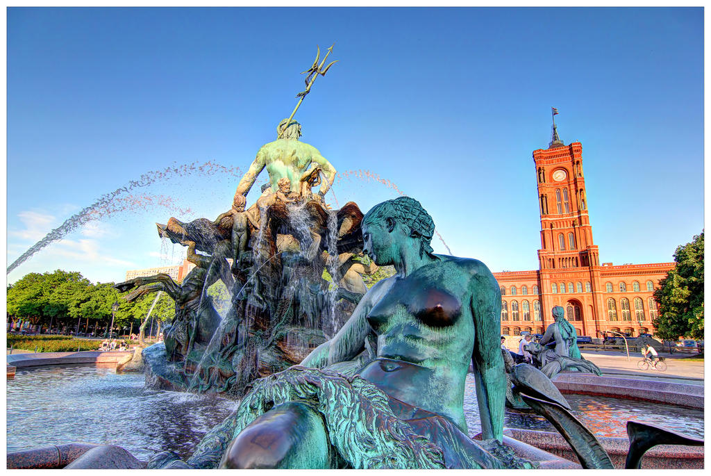 Neptune Fountain by bsilvestre