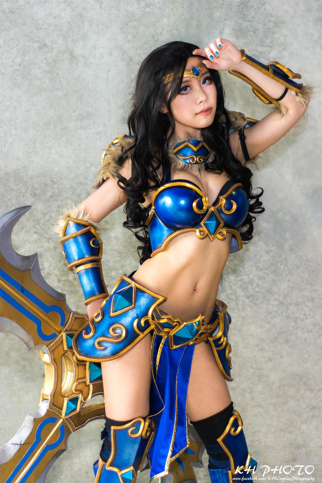 Nude league of legends cosplay