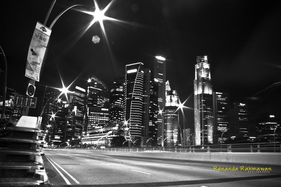 Black n white city by renandavintage