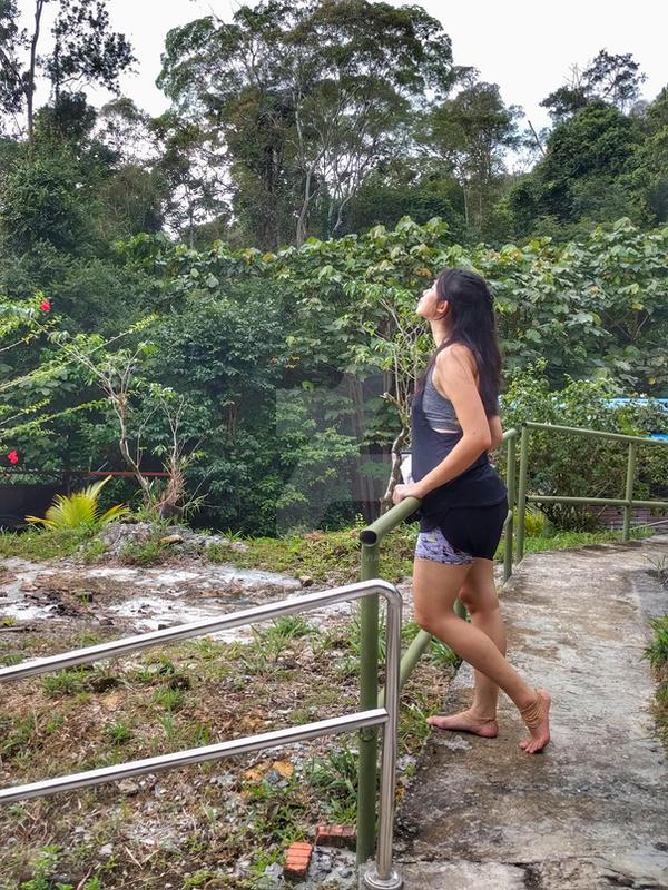 http://img03.deviantart.net/0158/i/2017/043/9/2/barefoot_hike__42_by_jorahtheandal2015-dayt1b7.jpg
