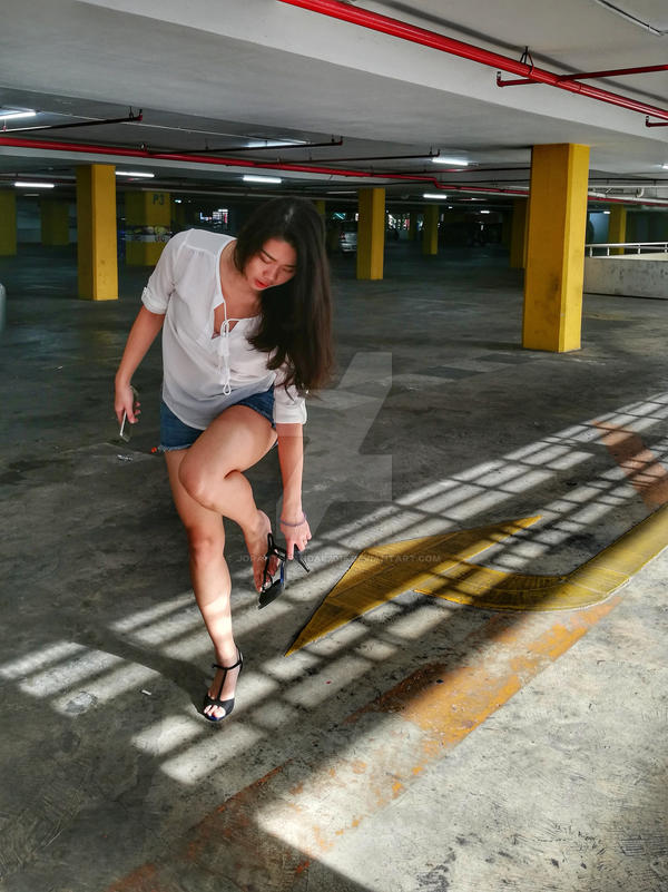 Girl who hates shoes #05 by jorahtheandal2015