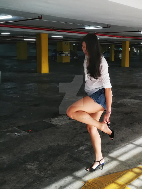 Girl who hates shoes #04 by jorahtheandal2015