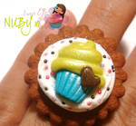 Cupcake on top of cookie -Ring