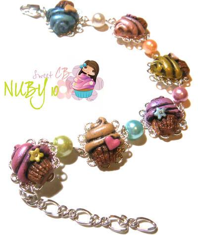 Vintage Cupcake Bracelet by colourful-blossom