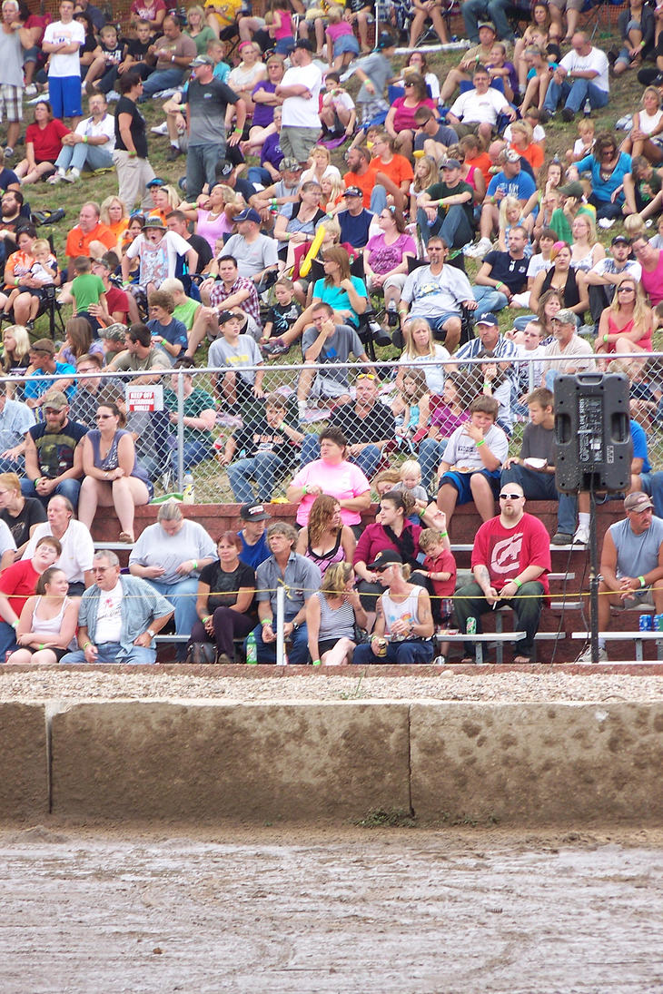 Crowd waiting for the Demolition Derby by Crigger