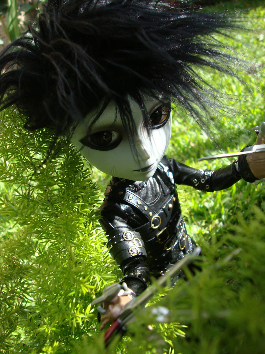 Edward Scissorhands by 5akuraD1va
