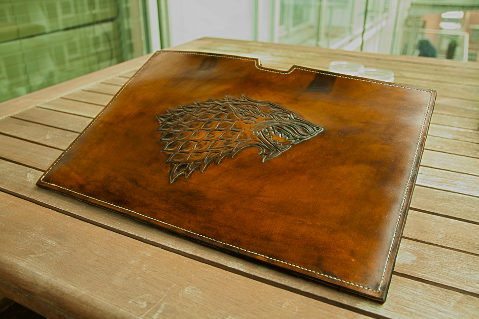 Game of Thrones - Macbook Pro Sleeve by MountainLeather