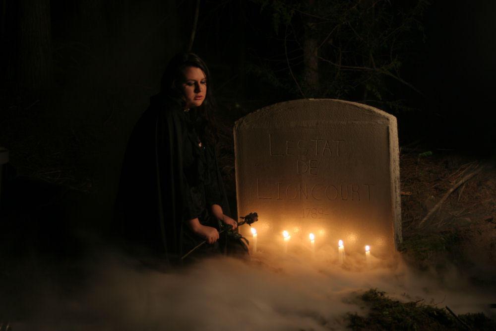 Funeral_For_Lestat____Mourning_by_lyanyne.jpg