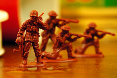 Free Photo: Soldiers Attack!