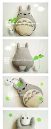 Totoro Plush by aiwa-9
